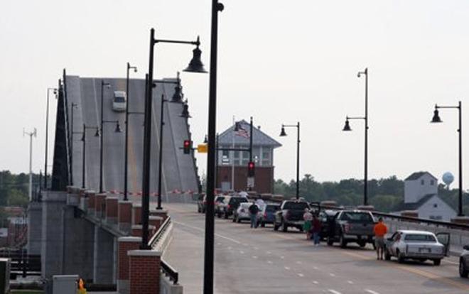 MJS Car on bridge